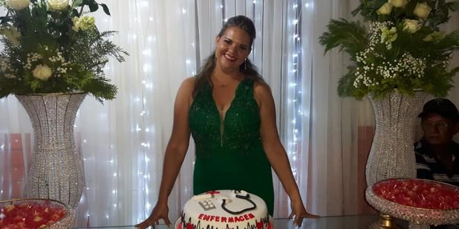 Parabéns para Allana Fontinele a mais nova miguelalvense a formar-se em Enfermagem!!
